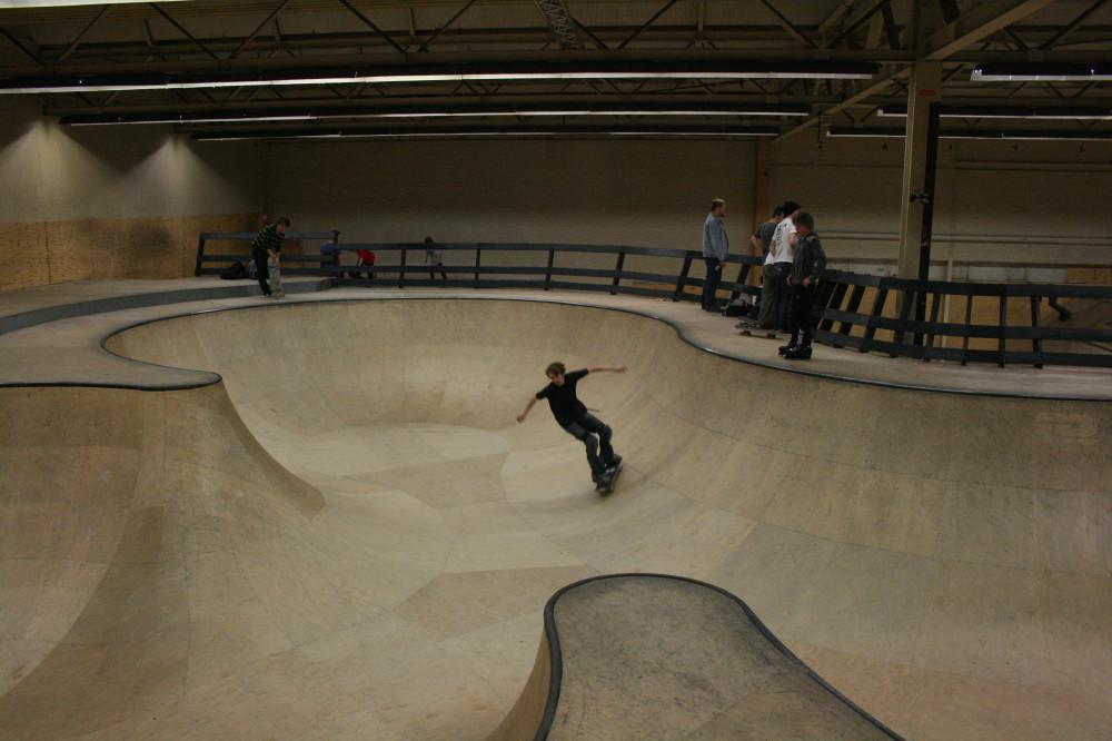 eindhoven roadtrip   29 march 2008  u00ab skatepark lu  u2013 skateboarding luxembourg